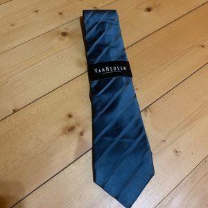 NWT Van Heusen Tie